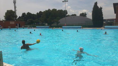 waterpolo femeni CAR piscina exterior entrenament